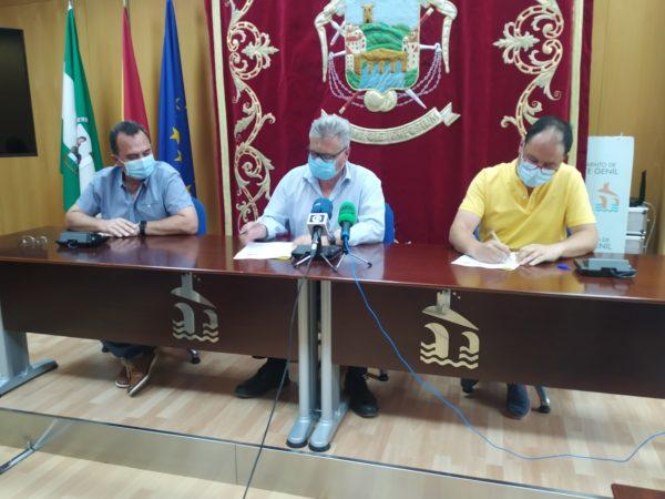 Firma de convenio con el Ayuntamiento de Puente Genil